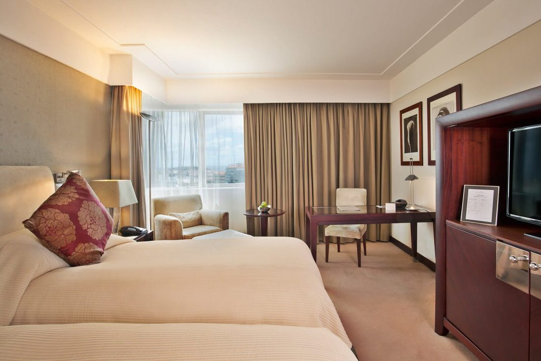 Room-Twin-executive-park-view2